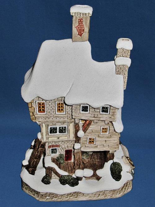 Bill & Nancy's House David Winter Cottage