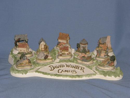 Diorama (Light Version) David Winter Cottage
