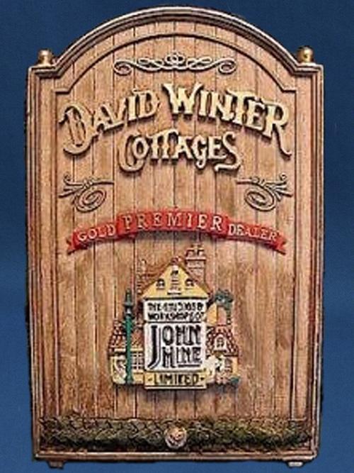 Gold Dealer Plaque David Winter Cottage