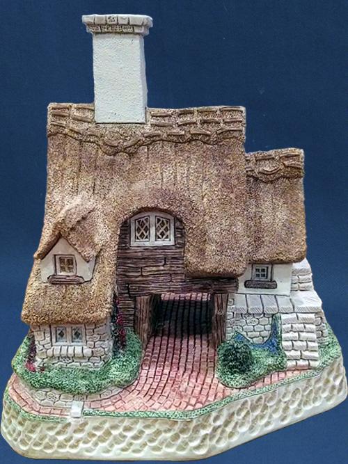 Griselda's Cottage David Winter Cottage