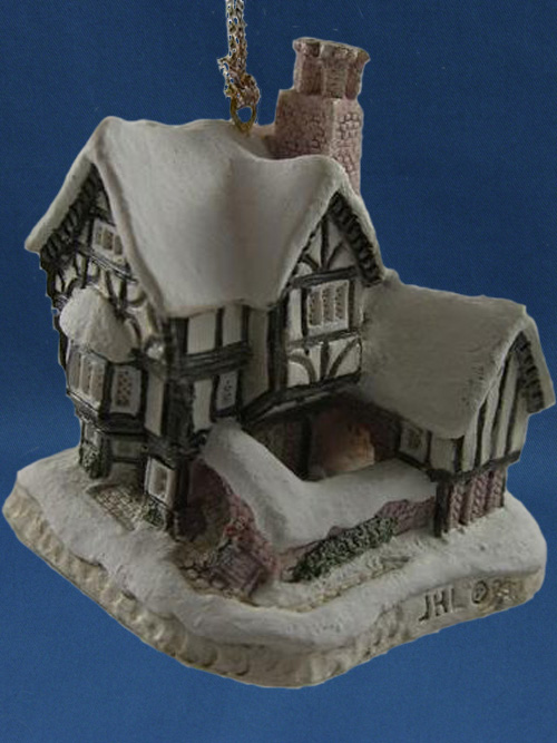 Mister Fezziwig's Emporium David Winter Cottage
