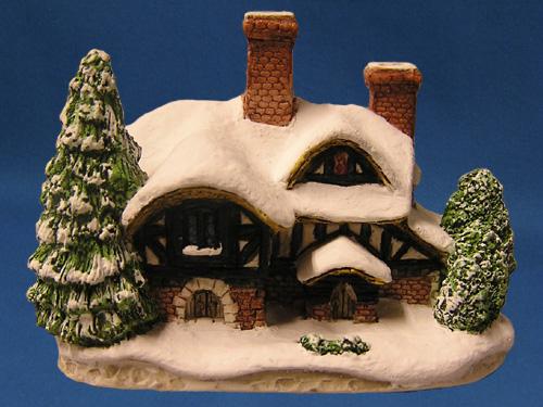 Silent Night David Winter Cottage