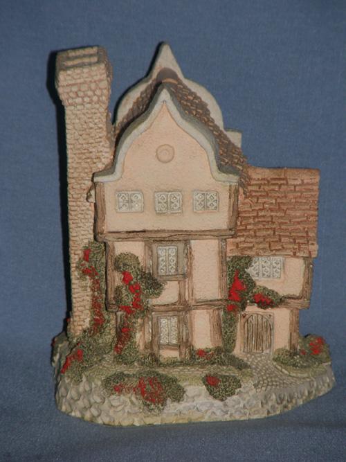 Suffolk House David Winter Cottage