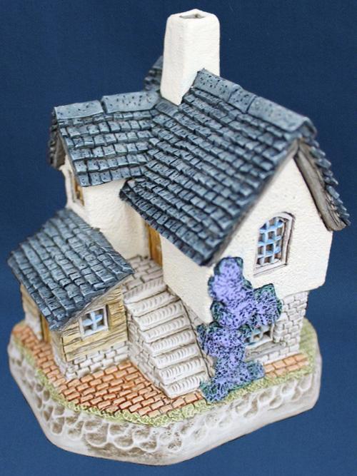 The Brickies David Winter Cottage