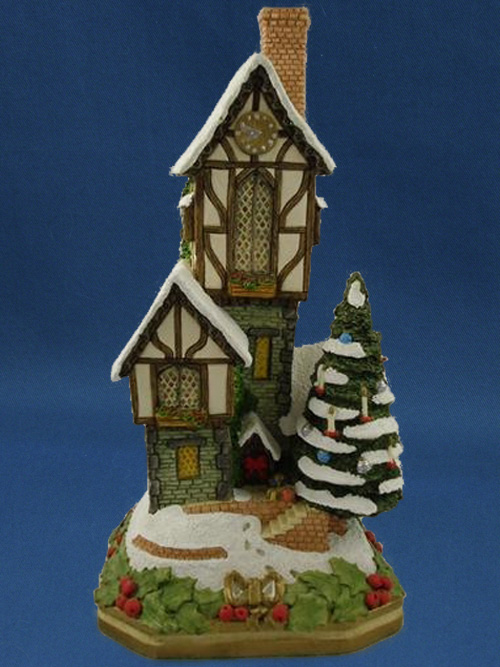 The Christmastime Clockhouse Premier David Winter Cottage