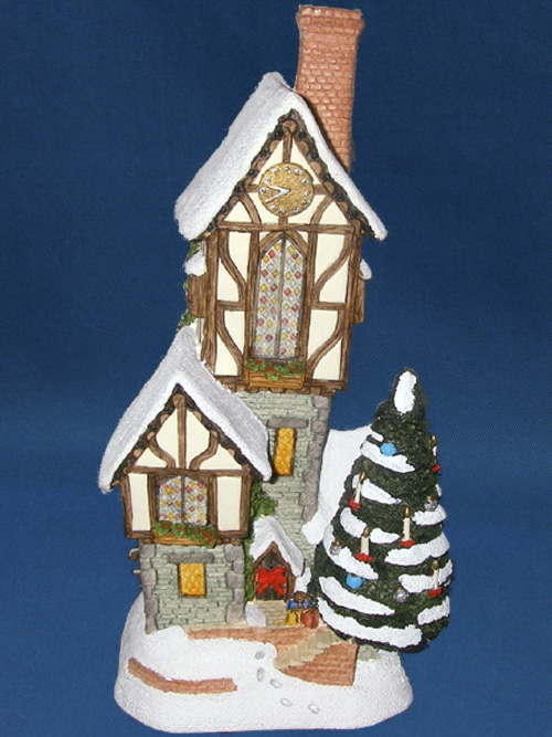 The Christmastime Clockhouse David Winter Cottage