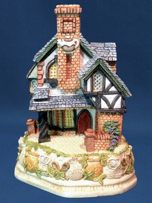 The Tartan Teahouse Premier David Winter Cottage