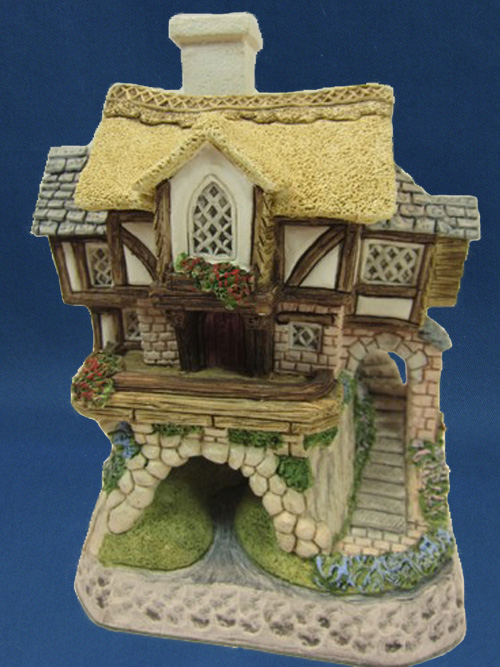 Whisper's Cottage David Winter Cottage